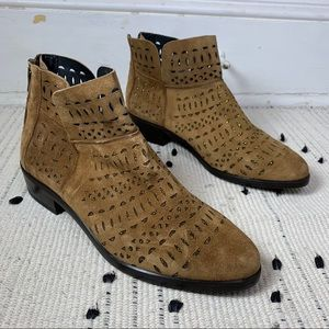 Kanna Brown Laser Cut Gold Ankle Boots - NWOB 39